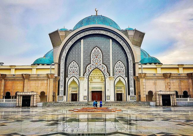 Architecture Building Exterior Built Structure Arch Travel Destinations Place Of Worship Islamic Geometry Islamic Architecture City Islamic Design Islamic Art Mihrab Indoors  Malaysia Islamic Mosque