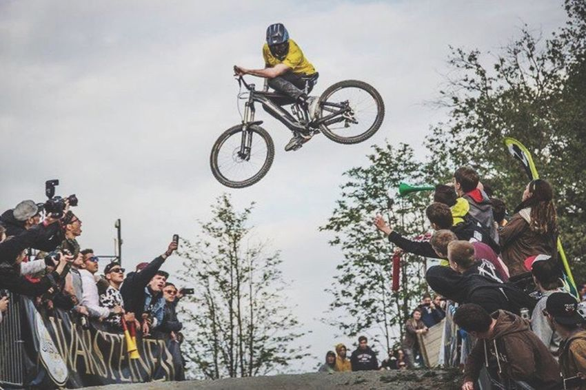 The Color Of Sport Sport Sports Photography Mountainbikelife Mountainbiking OurLifeStyle Men Leisure Activity Performance Mid-air Cloud - Sky Event Crowd Canonphotography Madeby FlexoGrafie