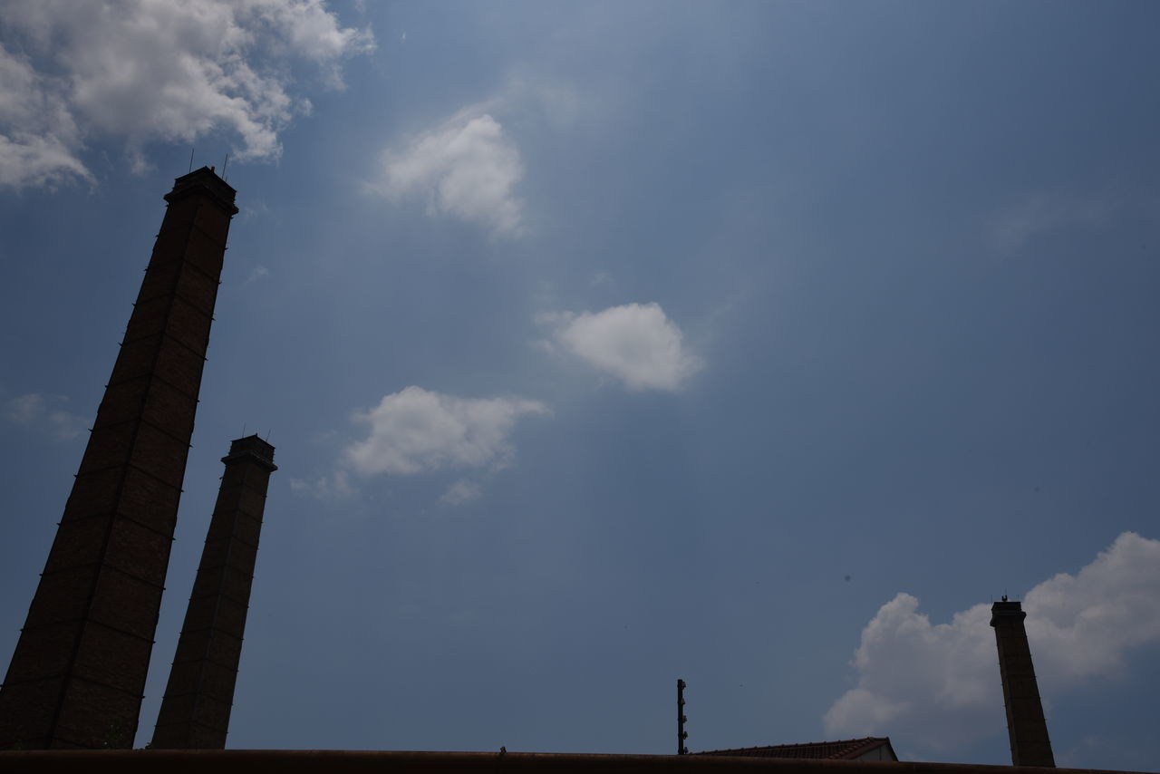 sky, low angle view, cloud - sky, architecture, history, no people, outdoors, built structure, day, nature
