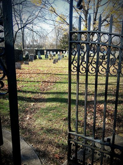 Enter The Void Looking To The Other Side UndergroundVoices Historic Cemeteries Cemetery_shots