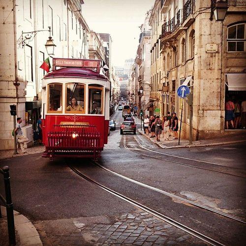 Bonde_Comboio Discover_lisbon Castelodesaojorge Eurotrip2015 Europe visit_europe viagensincriveis vaipraonde conexaofotografica xperiaz3