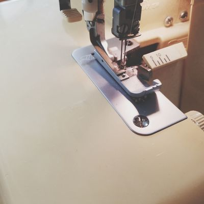 sewing machine Handicraft Lock Sewing Machine ミシン ロックミシン 手芸 Manufacturing Equipment Sewing Business Finance And Industry Sewing Machine