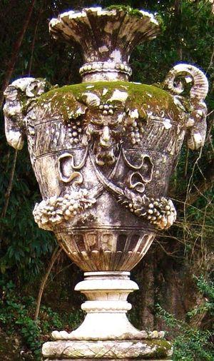 Baco v Vase sto Stone Vase Sculpture