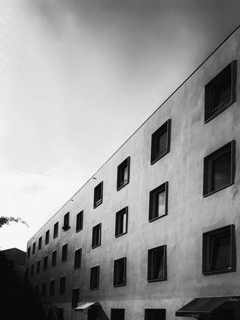 Monochrome Photography Architecture Building Exterior Architecture City Building Residential Building Window Monoart Blackandwhite No People Façade Mobilephoto Mobilephotography Umeugram Instagramer Portugal Monochrome
