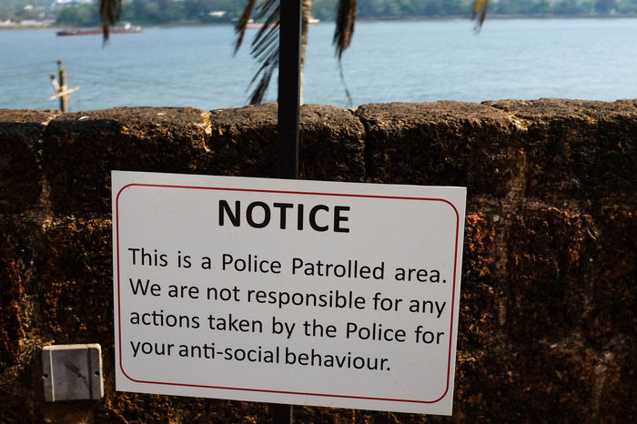 India Streetphotography Street Photography Goa Sign Police Antisocial