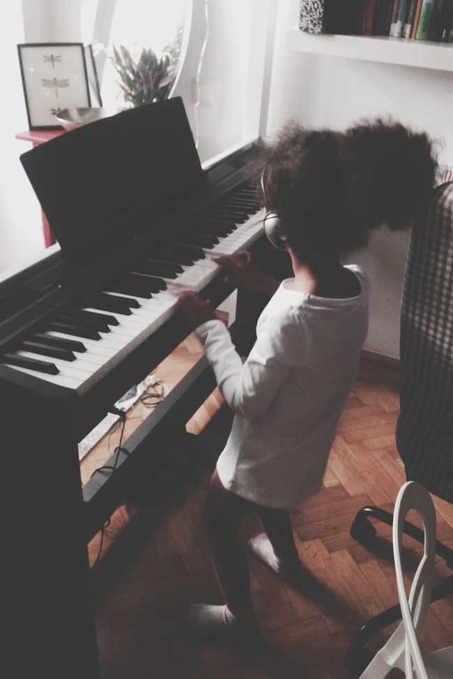 Pretty Girl Senegal Cute Music Pianist Little Poland Photography Photooftheday