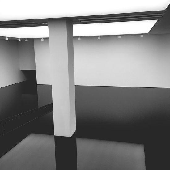 Saatchi Gallery Art Indoors  Oil