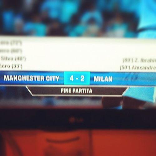 Ma quanto è bello battere @claudiacinefra a Fifa 2012??? Per tutto il resto c'è MasterCard • Fifa2012 Calcio Soccer Goleador xBox