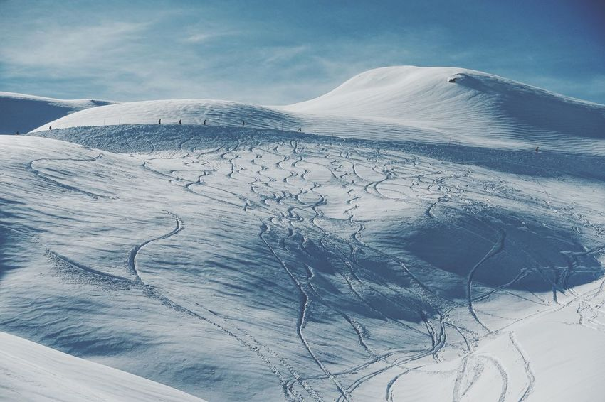 snow tracks... Skiing Swiss Mountains Swiss Alps Bonistock Snow Winter Scenics Beauty In Nature Nature Cold Temperature Landscape Mountain Tranquil Scene Cloud - Sky Day Tranquility Outdoors No People Sky