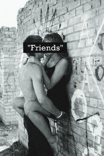 Friends Kac Morderca Nie Ma Serca %%% Meloo