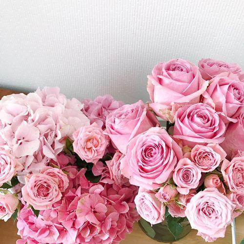 Pink Color Flower Flowering Plant Beauty In Nature Rosé Plant Flower Arrangement Rose - Flower Bouquet Freshness Flower Head Arrangement Close-up Nature No People Vulnerability  Fragility Celebration Petal Wedding