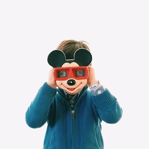 Child Children Kid Funny Hidden Viewmaster Studio Shot Colorful Colors Mickeymouse 5yearsold Inocence  Concept Conceptual Photography  Gettyimagesgallery Getty X EyeEm Gettyimages Studio Photography Happy People Happiness Colour Of Life