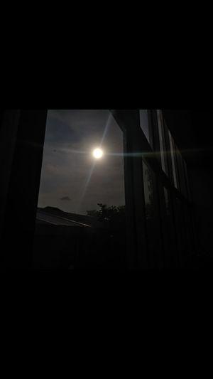 Terkadang tidak perlu banyak cahaya untuk merasa terang, karena cukup dengan sedikit cahaya saja hidupmu akan lebih bercahaya. So Confident 😊 Sub Terik Cahaya Night Dark No People Illuminated Moon Indoors  Sky