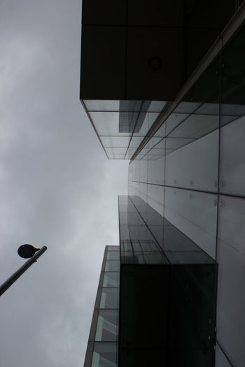 Architecture Building Exterior Built Structure Low Angle View Office Building City Directly Below Tall - High Skyscraper Sky Tower Modern Cloud Building Reflection City Life Building Story Day Tall Outdoors Lampost Spinningfields The City Light