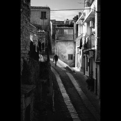 Monochrome Blackandwhite Streetphotography Streetphoto_bw Silhouette_collection