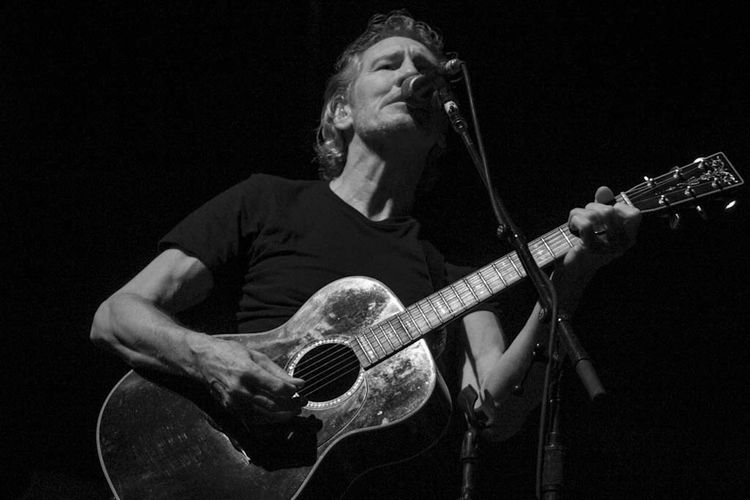 Roger Waters Roger Waters Pink Floyd Music Musical Instrument Musician Arts Culture And Entertainment Playing Performance String Instrument Artist Guitar Singing Singer  Musical Equipment Input Device Microphone Guitarist One Person Plucking An Instrument Performing Arts Event