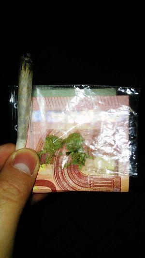 Weed Life Smoke Weed Weekend Smoker Joint Everyday Holliday Weed Money Street First Eyeem Photo