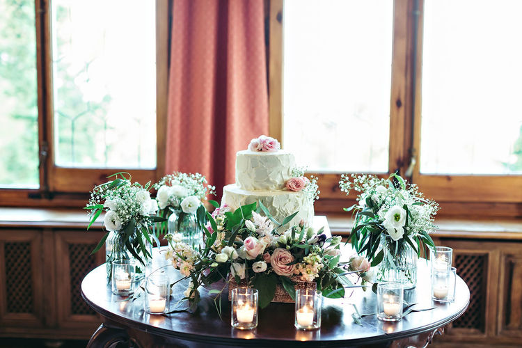 Bouquet Centerpiece Close-up Day Flower Freshness Home Interior Indoors  No People Place Setting Table Vase Window