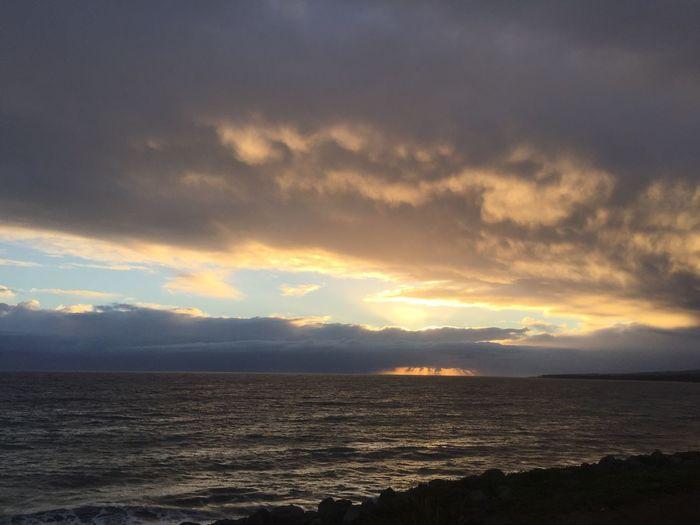 Levé de soleil front de mer st Denis