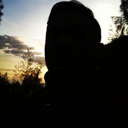 Latepost Latarombo Panderman Siluet Sunrise