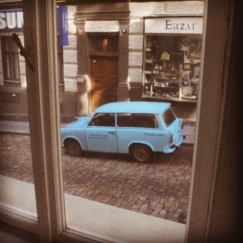 Misssophie Hostel Prague Car Bluecar Oldcar