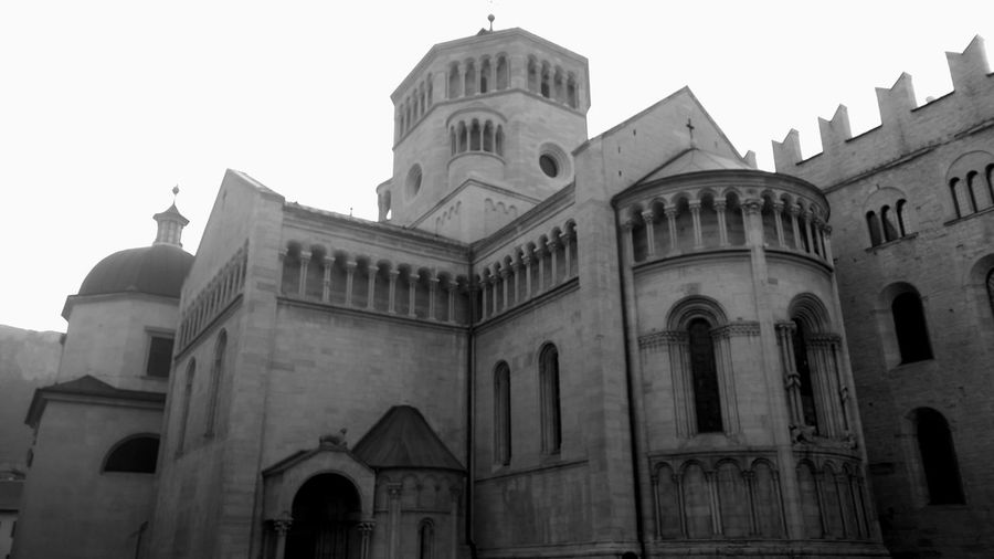 Trento Cathedral Abside Arch Architecture Bianco E Nero Black And White Blackandwhite Blackandwhite Photography Building Exterior Built Structure Cathedral Church Duomo Façade Gothic Style Historic History Italien Italy Northern Italy Old Religion Spirituality Trent  Trentino  Trento Cathedral