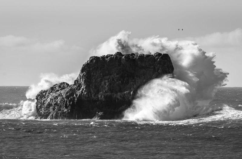 Beautiful Crash B&w Blackandwhite Crash Dramatic Geology Motion Nature Ocean Outdoors Power In Nature Showcase: January Waves Waves Crashing