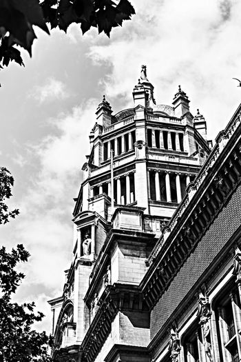 Architecture Black & White Museum London