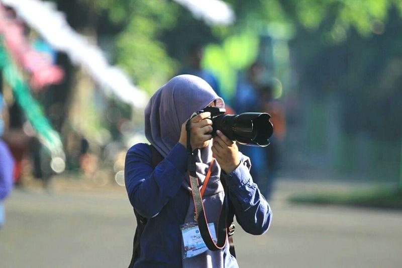 Latepost ✌ Photographer Photoshoot Takemoments
