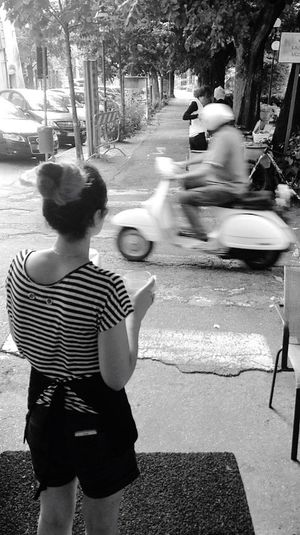 All we need is a Vespa 🎯 Sofiavicchi Sofiavicchiconceptdesign Desire Dream Speed Motorcycles Italian Evryday Foto Bnw Streetphotography Street Streetphoto_bw Enjoying Life