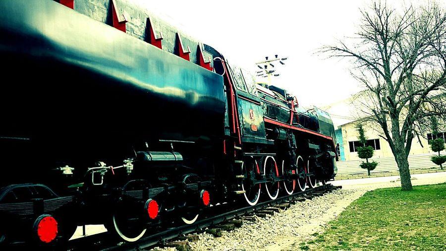 Train Train Ride Tunalı Way Tren Vakitşiirvakti Geliyoruz Vakit Tamam Haveagoodday Havaçokgüzel Taşlar