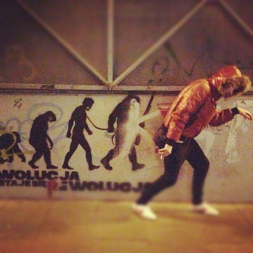 Эволюция? Me Evolution  Warshawa Graffiti fun
