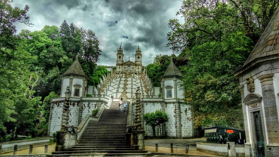 Half of the Bom Jesus baroque stairway. The stairway has a total of 526 steps and climbs 381 feet. Stairs Barroco Barroque Stairways Architectureporn Arquitecture Portugal Braga Bomjesus