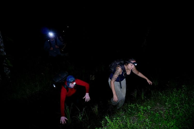 Herping HUAWEI Photo Award: After Dark Sportsman Athlete Competition Full Length Sport Headwear Sports Clothing Men Adventure Tree