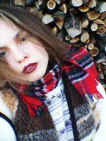 я Я русалка губы красные губы глаза  глазки ты меня поведешь