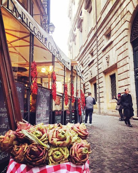 LaPiccolaCuccagna Rome Italy Real People Built Structure Architecture Men Building Exterior Retail  Market Stall City Outdoors Lifestyles Women For Sale Market Day One Person People Adult Adults Only Real Life Italian Food Italy❤️ Streetphotography
