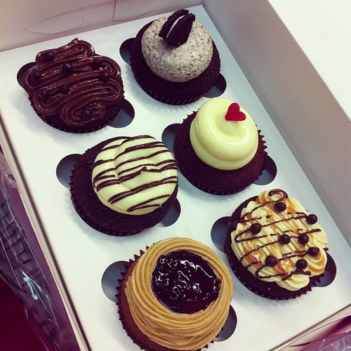 Sweet Monday Morning Breakfast for Lovelies. @gracieeelau @shuwensw Twelvecupcakes