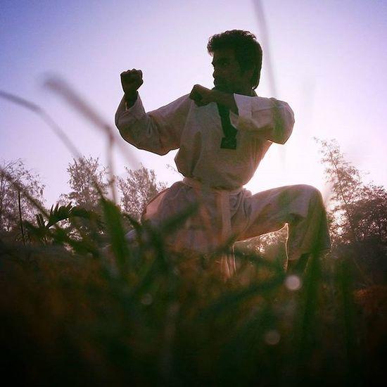 Taekwondo Mrrob Karate Kungfu  Martialart Art Fight Taichi Practice Robinraj Realfightertaekwondoacademy Daman Rfta