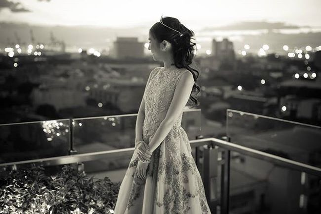 'bright city lights' 👰💖👚 💻 fb.com/ripplesoflifephotography 🎥 vimeo.com/ripplesoflife ☎ 09223450887 Weddings Photographer Church Dress Love Ripplesoflife Videographer Philippines Girls Fashion Photography Song Debut  Style Model Ootd