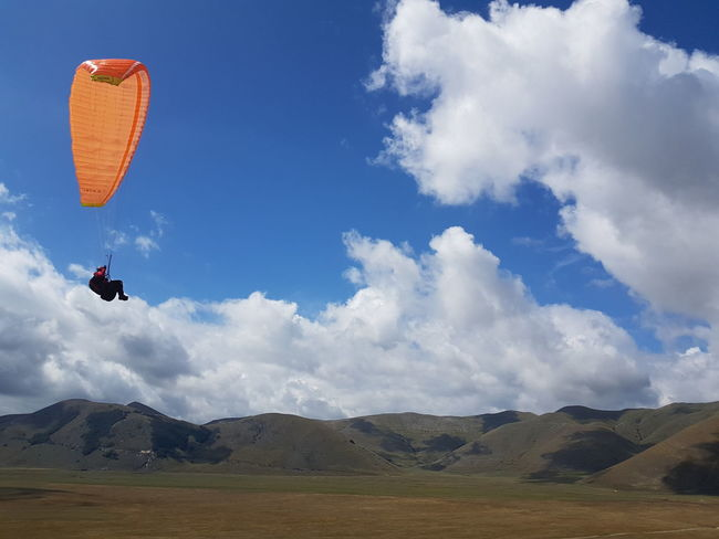 Paragliding Paragliding In The Mountains Italy Mountain Sport Competition Stunt Athlete Sportsman Snowboarding Motion Mid-air