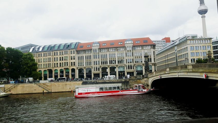 Architecture Built Structure Building Exterior City Travel Destinations Tourist Destination Historical Building Monument Berlin Life Berlintourist Berlino Germany Photos Berlin, Germany  Mix Yourself A Good Time Berlin Photography Travel Tourism Beauty In Nature Architecture Berlin Love