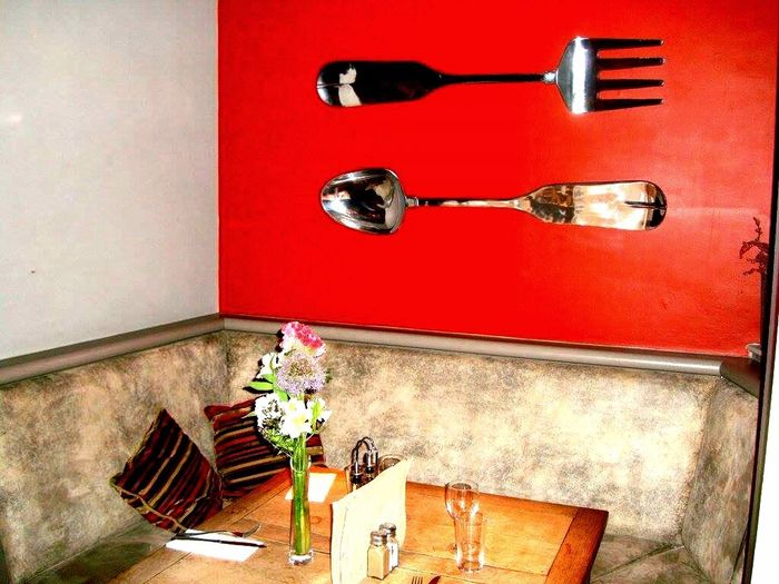 Pubs Of London Book The Table Design Enjoying A Meal Deceptively Simple