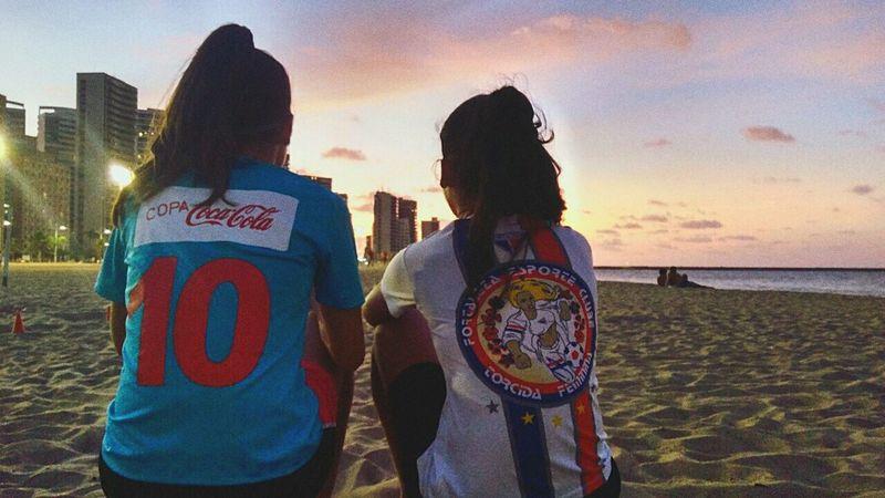 Beach Sky Sunset Smiling Friendship Women