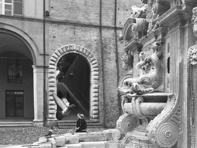 Outdoors Streetphotography Architecture Statue City People Streetphoto_bw Cesena Malatesta
