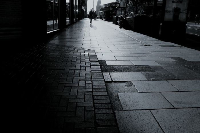 """""""Society, you're a crazy breed"""" Leeds Leeds, UK Streetphotography Check This Out Taking Photos Streetphoto_bw Streetphoto Streetlife Streetlights Sunstreetlight Society Routine Life Sunlight Unknown Unknown People Unknowngirl England"""
