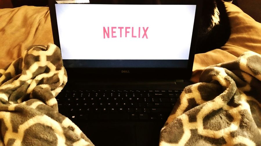 Laptop Relax Relaxing Relaxation Netflix Blanket Time Cozy Cozy At Home Cozytime Cozy Atmosphere Close-up Pillow Fabric Cloth Woolen Bed Keyboard Bedroom Sheet