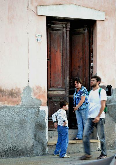 The Street Photographer - 2016 EyeEm Awards Streetphotography Street PhotographyStreetphotographers Street Photo Situations Street Situation Salta, Argentina