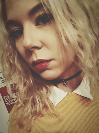 Outfitoftheday Faces Of EyeEm Me Myself And I Thug Life ✌ Blond Hair First Eyeem Photo Selfie ✌ Bremen Blonde Now :3 Germany Hello World Blonde Girl Choker❤ Polo Herbst🍁 Helloween🎃🎃🎃 Lipstick ♥