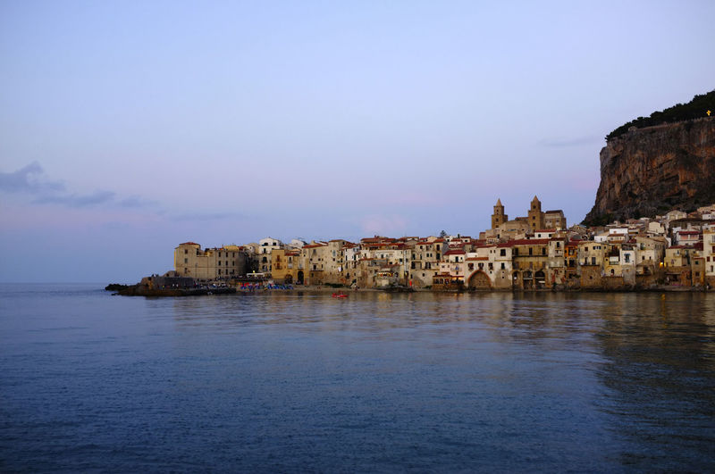 Cefalu - Sicilia Architecture Sea Water Evening Light Sicilia Waterfront Ancient Architecture Cefalu  No People Travel Destinations Mediterranean  Mittelmeer Sizilien Segeln Sailing Romantic Sonnenuntergang Felsen Rock Italien Italy