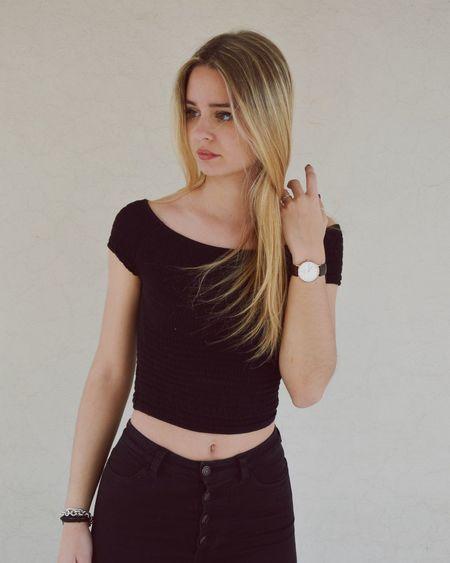 Girl Blonde ThatsMe Shooting Good Times Enjoying Life Taking Photos Model Black Like 💋